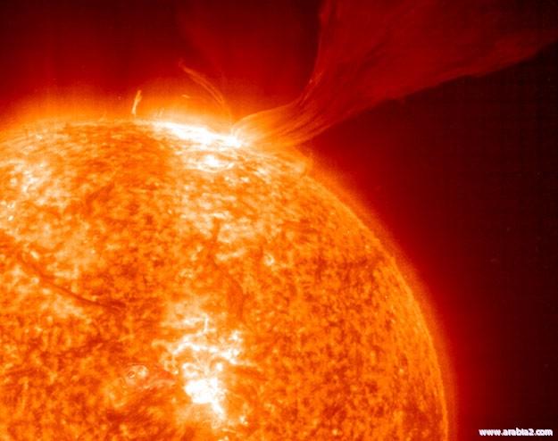 إعجاز الخالق عز وجل في الشمس