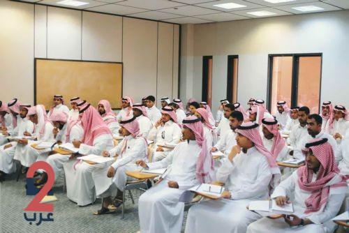 وزير التعليم يعتمد خطة القبول في الجامعات والكليات والمعاهد