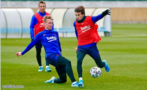 لاعب برشلونة يعود للتدريبات قبل مواجهة أوساسونا