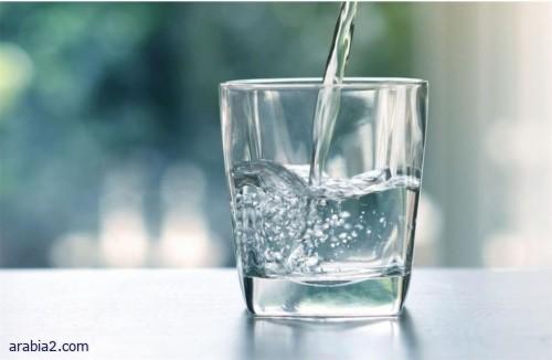 هذا ما يحدث للجسم عند شرب كميات كبيرة من الماء قبل أذان الفجر في رمضان