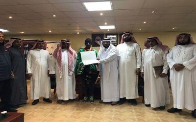 تعليم المدينة  يكرم الطالب علي يوسف الحصوله على ذهبية الألعاب الآسيوية