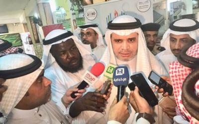 """وزير التعليم يكشف حقيقة تعليق الدراسة في مكة بسبب """"الجرب"""""""