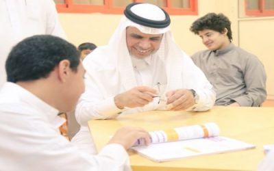 """بالصور.. وزير التعليم يقف على التدابير المتخذة لحالات """"الجرب"""" في مدارس مكة"""