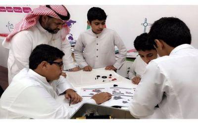وازرة التعليم تهيئ 72 مركز STEM في المناطق التعليمية للعام الدراسي القادم